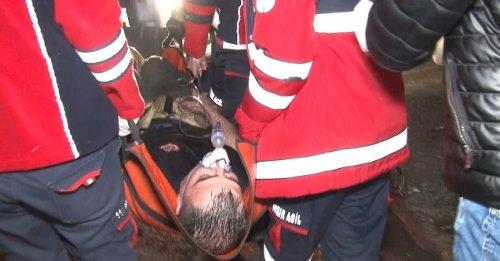 Yangına müdahale ederken fenalaşan itfaiye eri hastaneye kaldırıldı
