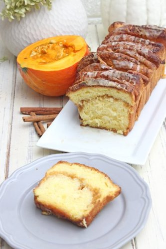 Mega fluffiges Pumpkin Pull-Apart Bread mit Zimt und Zucker