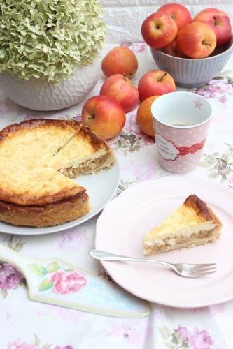 Mega leckerer Apfelrahmkuchen mit Mandeln