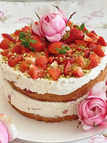 Erdbeer-Sahne-Torte Rezept - Eine leckere cremige und fruchtige Erdbeertorte