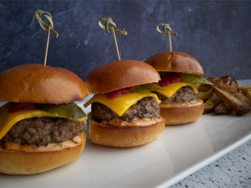 Easy Cheeseburger Sliders with Special Burger Sauce Recipe