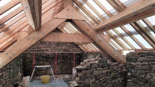 Aqueduct Cottage – a new milestone and a new roof!