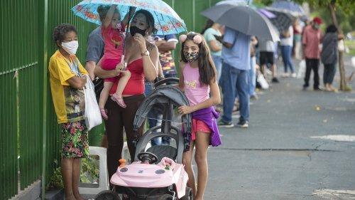 Corona-Impfung: Geimpfte Erwachsene können Kinder vor Covid-19 schützen