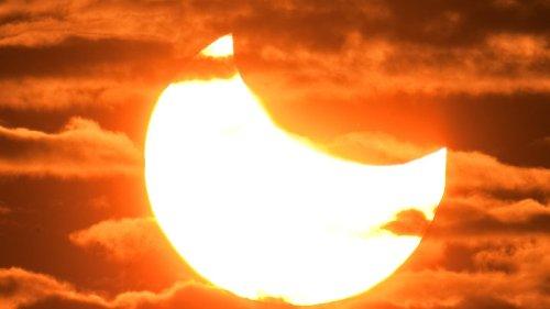 Partielle Sonnenfinsternis am 10. Juni: Der Mond verdeckt die Sonne – aber nur ein Stückchen