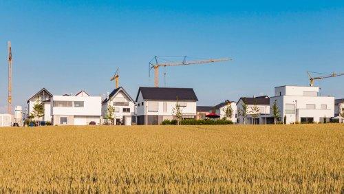 Überhitzter Häuser- und Wohnungsmarkt: Lohnt der Kauf einer Immobilie noch?