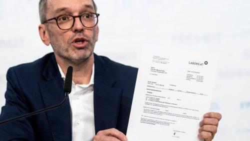 Posse in Österreich: FPÖ-Chef Kickl weist Gerüchte über heimliche Corona-Impfung zurück