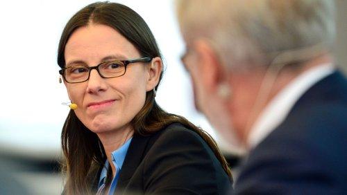 Affäre im Verteidigungsministerium: Der Berater und seine Freunde