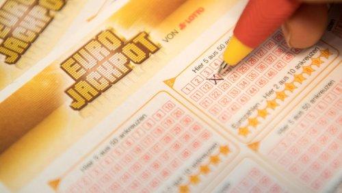Rekordsumme geht nach Frankreich: Lotterie-Spieler gewinnt 220 Millionen Euro