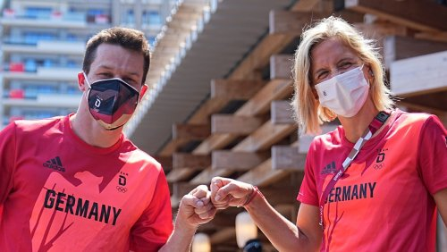 Olympia: Deutsche Fahne wird in Tokio von Laura Ludwig und Patrick Hausding getragen