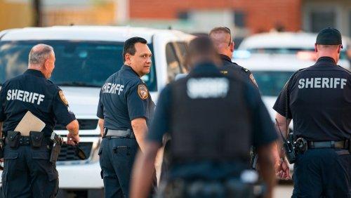 Texas: Drei Kinder sollen ein Jahr mit der Leiche ihres Bruders gelebt haben
