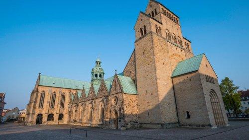 Missbrauchsstudie aus Hildesheim: »Der Bischof hat gesagt, ich soll mich ausziehen«