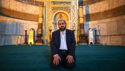 Vorbeter der Hagia Sophia tritt zurück: Der verstummte Imam