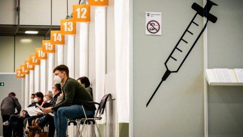 Coronapandemie in Deutschland: Unions-Politiker fordern deutlich mehr Tempo bei Impfungen