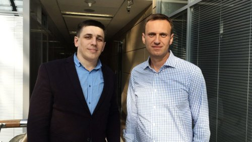 Russland: Warum ein Nawalny-Mitstreiter wegen Rammstein ins Gefängnis soll