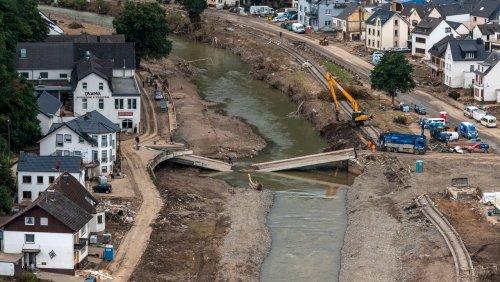 Polizeibericht nach der Flutkatastrophe: Verwesung, Plünderungen, schlechte medizinische Versorgung