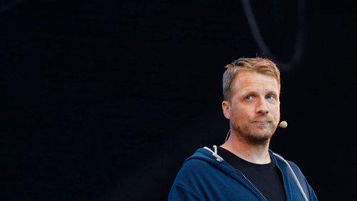 Wegen missachteter Coronaregeln: Polizei führte Oliver Pocher bei Pietro-Lombardi-Konzert ab