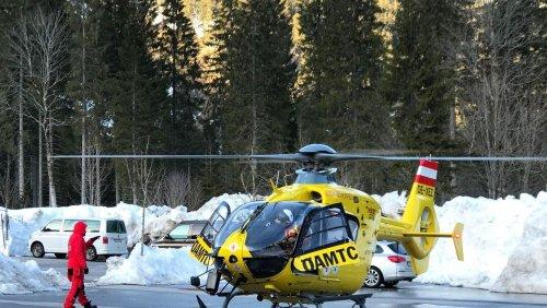 Österreich: Skitourengeher stürzt 300 Meter in die Tiefe
