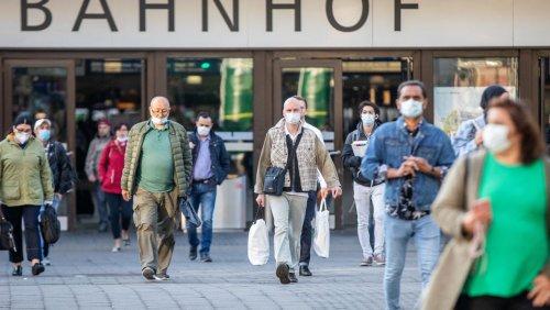Coronavirus in Deutschland: Sieben-Tage-Inzidenz steigt auf über 130