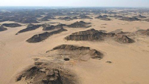 Sagenumwobene Höhle im Jemen: Forscher erkunden erstmals Boden des »Höllenbrunnens«