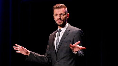 Komiker Florian Schroeder: »Ich kann doch nichts dafür, dass ich eine weiße Hautfarbe habe und ein Mann bin«