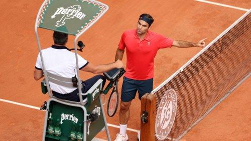 Nach minutenlangem Zoff mit Referee: Federer kämpft sich in Paris in Runde drei