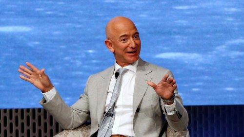 Reichster Mann der Welt: Wie Jeff Bezos sich arm rechnete, um einen Kinderbonus zu kassieren