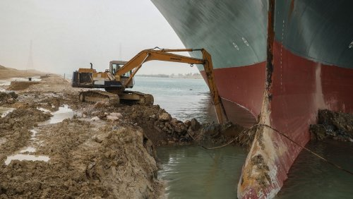 Nach »Ever Given«-Stau: Suezkanal soll verbreitert werden
