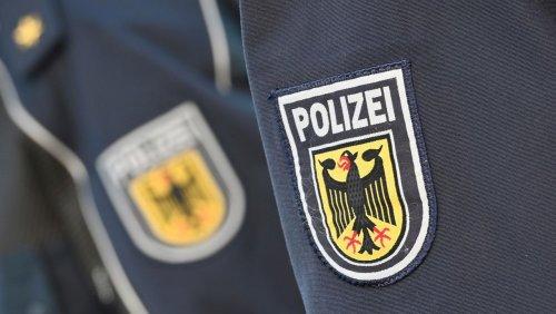 »Wie es zu seiner Anstellung kam wird geprüft«: Mutmaßlicher Linksextremist arbeitete als Hausmeister bei der Berliner Polizei