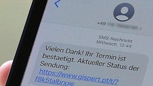 Schadsoftware auf dem Smartphone: Jeden Tag werden Tausende Opfer von gefährlichen Spam-SMS