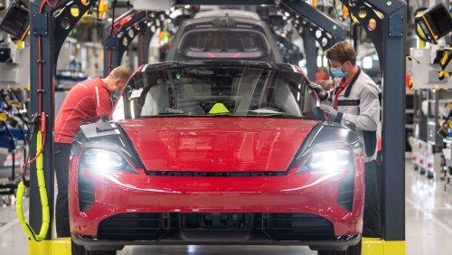 Verbrenner-Ikone abgehängt: Elektro-Porsche Taycan überholt den Klassiker 911