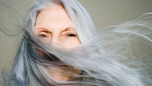 Mythos oder Medizin: Bekommt man von Stress graue Haare?