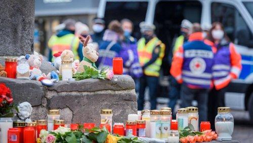 Sechstes Todesopfer: Schwerverletzter Mann stirbt elf Monate nach Amokfahrt in Trier