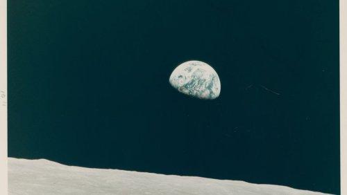 Fußabdruck im Mondstaub: Originalfotos von Astronauten werden versteigert