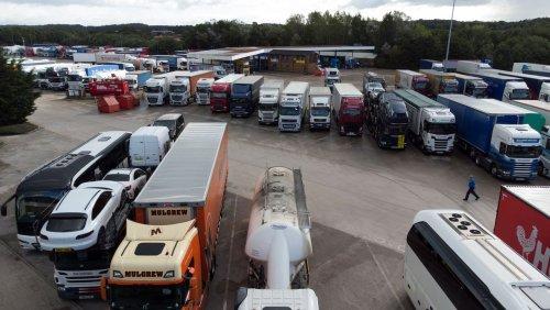 Skurriler Brief: Britische Regierung fordert deutsche Einwohner zum Lkw-Fahren auf