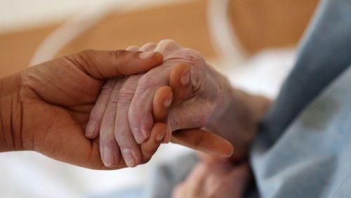 Affront gegen Spahn: Arbeitsminister Heil will Tariflöhne in der Pflege verpflichtend machen