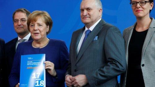 Ex-Chef der Wirtschaftsweisen zieht Bilanz: »War die Ära Merkel eine gute Zeit für die deutsche Wirtschaft, Herr Schmidt?«