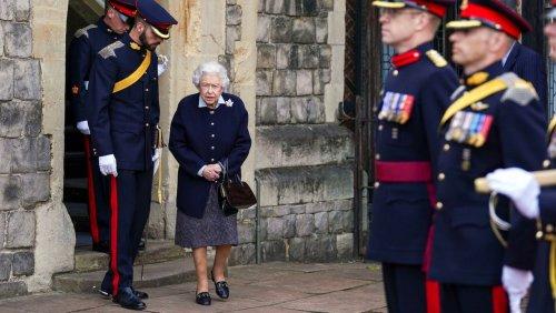 Britische Monarchin: Königin Elizabeth II. musste Nacht im Krankenhaus verbringen