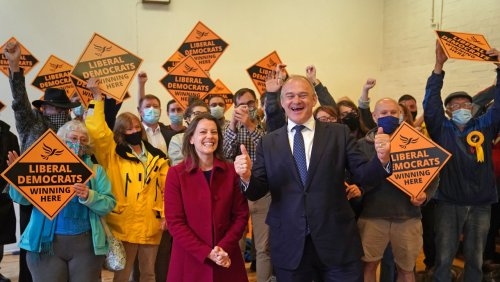 Nachwahl zum britischen Unterhaus: Überraschende Wahlniederlage für Tories