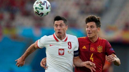 Unentschieden gegen Spanien bei Fußball-EM 2021: Lewandowski hält Polen im Turnier