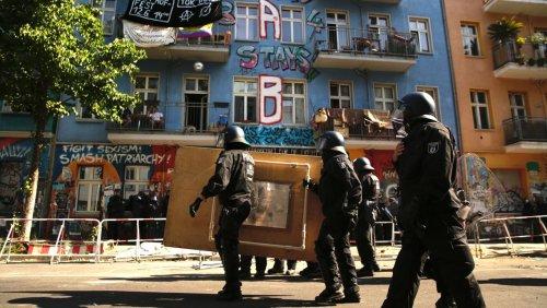 »Rigaer 94« in Berlin: Brandschutzprüfung in teilbesetztem Haus beendet