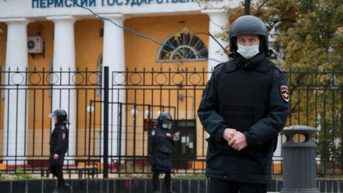 Nach Amoklauf an russischer Universität: Tatverdächtigem wurde Teil des Beins amputiert