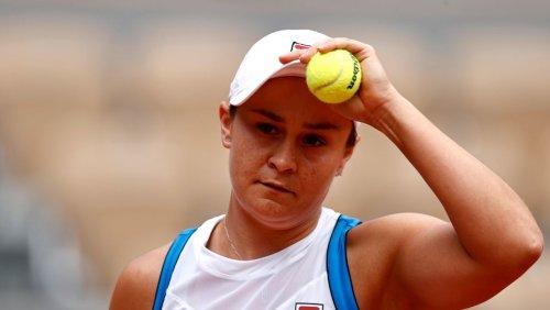 French Open: Auch Titelverteidigerin Barty muss verletzt aufgeben