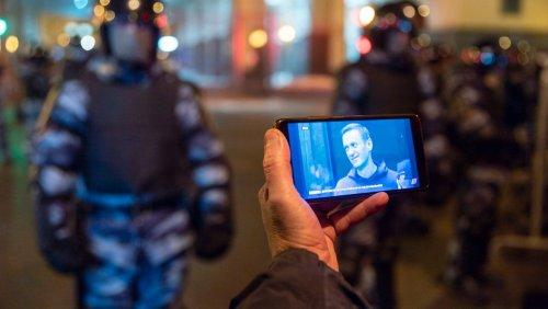 Sergej Smirnov: Russischer Chefredakteur zu 25 Tagen Arrest verurteilt – wegen eines Retweets