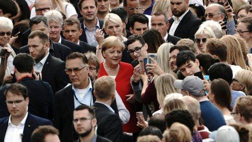 Interaktive Bilanz zu Einkommen, Wohnraum, Konsum, Gleichstellung: So hat sich das Leben der Deutschen in der Merkel-Ära verändert