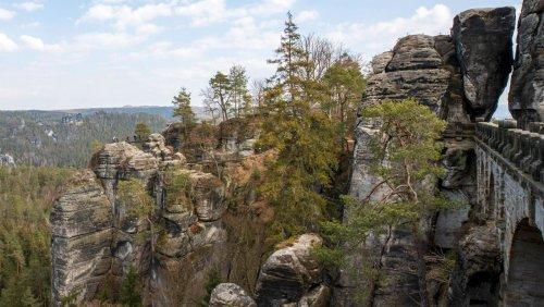 Sächsische Schweiz: 66-Jähriger stirbt offenbar bei Kletterunfall