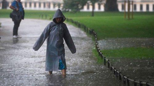 Starkregen und Gewitter: Unwetter sorgen für Verkehrschaos in London