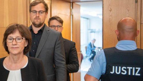Revision gegen Urteil: Familie Lübcke ficht Freispruch an