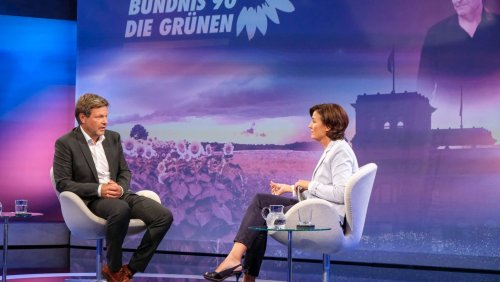 Grünen Co-Chef Habeck: »Annalena Baerbock arbeitet daran, das Vertrauen wieder aufzubauen«