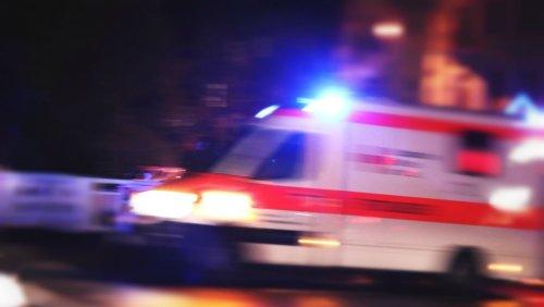 Bad Wünnenberg bei Paderborn: Vater überrollt Sohn mit Traktor – Junge stirbt