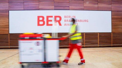 Berliner Flughäfen: Schönefeld heißt schon jetzt BER